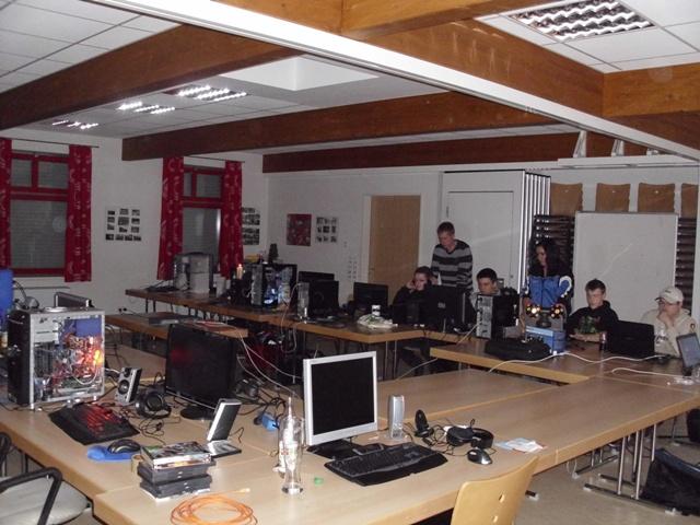 Netzwerk-PC-Spielen 25.12.-30.12.2010